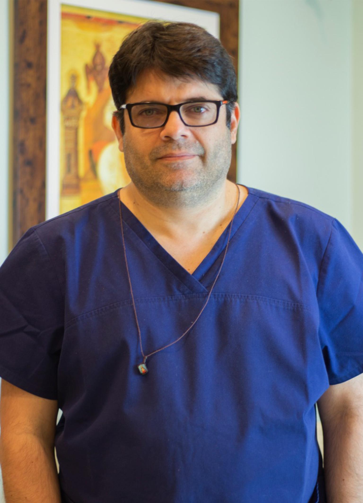 Dr. Áureo Colombi Cangussu